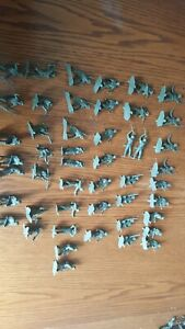 Lot of 44 Vintage 1960s Plastic WWII Army Soldiers