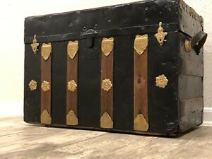 "Beautiful Antique  Wood & Metal Flat Top Steamer Trunk 27 w"" x 15"" D x 22T """