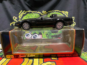 Maisto Special Edition 1992 Chevrolet Corvette ZR-1 1:18 Scale Black Stingray