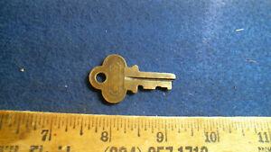 Everlasting Lock T6659 TRUNK KEY (Atkinson & Long NY) antique vintage old Brass