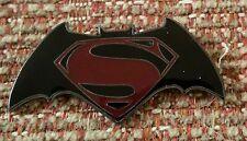 Batman vs. SUPERMAN Lapel Pin