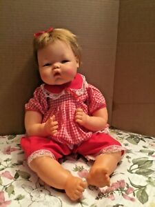 """Thumbelina 21"""" Ideal  Doll C.1960 in Original Condition & Outfit STILL MOVES"""