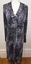 VERGE | NZ Label Grey Black Animal Print Stretch V Neck Long Sleeve Dress ~ M