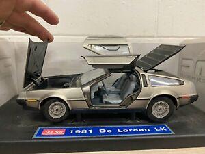 Sun Star 1981 DeLorean LK Die-Cast Car 1:18 scale NO MIRRORS PARTIAL BOX B108