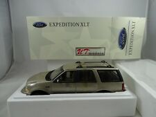 1:18 UT/ AUTOart #22716 Ford Expedition Regular XLT metallic gold - RARITÄT §