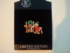 Scrooge McDuck Moneybag Christmas Stocking Fireplace Disney Store Pin LE 250 NEW