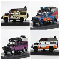 Master 1:64 Land Rover Defender 110 SUV Diecast Car with Replenishing supplies