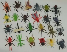 24 solid plastic full colour bugs insects bee lizard spider beetle FREE POST o41