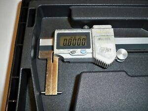 "USED MITUTOYO 573-746 Inside Point Jaw Caliper, .8""-6"" Range, .0005""/0.01mm"