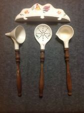 Vintage Set of 3 Utensils Spoon Ladels on Ceramic Wall Rack Rooster Design Old!