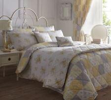 Linge de lit et ensembles gris avec des motifs Patchwork
