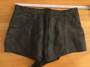 Leder Shorts Damen aus Nappaleder, Gr. 40, Taillenweite ca. 36 cm,