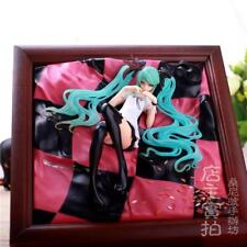 Hatsune Miku World Is Mine Figure Brown Frame PVC Figuren Figur Spielzeug DE