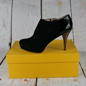 FENDI Size 38 Tronchetto Camoscio Vernice Ankle Boots Booties Black MSRP $1135