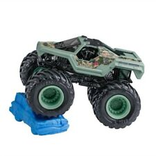 Hot Wheels MONSTER JAM Soldier Fortune Truck with Crushable Car 6/19