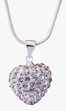Collier pendentif coeur et strass cristal blanc style shambala.