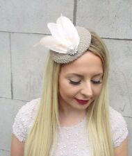 Beige Peach Cream Feather Pillbox Hat Fascinator Hair Clip Vintage Races 2657