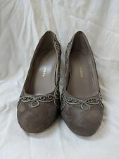 Chinese Laundry High heel womens Pumps Size 8.5M Embroidery Cord stitched taupe