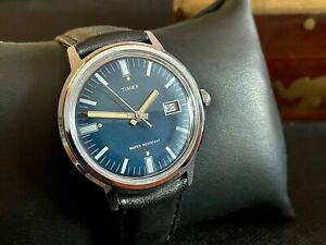 Mens vintage hand winding Timex Marlin date WATCH 1974 M25 blue dial SERVICED