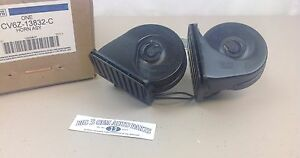 2012 - 2019 Ford Focus or C-Max Dual High and Low Pitch Horn Assembly new OEM