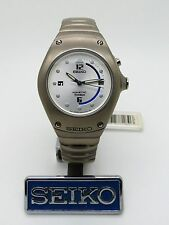 Seiko Kinetic titane arctura 3M22-0D99 * Taille Moyenne * Réf: SWP337P1