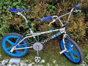 *1988* SKYWAY STREET BEAT II *REPLICA* Mags Chrome Old School BMX Bike GT Haro