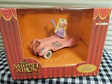 Miss Piggy Figurine Pink Convertible The Muppet Show 25 Years by Gorgi Mint in B
