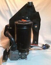 1997-2006 Ford Expedition Lincoln Navigator Air Suspension Compressor Pump OEM
