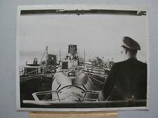 WW2 Era Press Photo U.S. Submarine Peto on Mississippi towards New Orleans 1940s