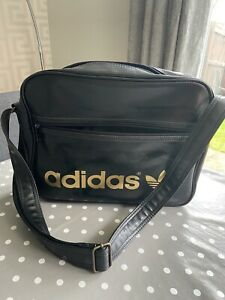 ADIDAS Messenger Bag Sports Satchel Black Adjustable Strap Zip Closure