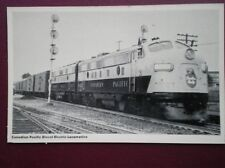 POSTCARD CANADIAN PACIFIC RAIL DIESEL LOCOMOTIVE
