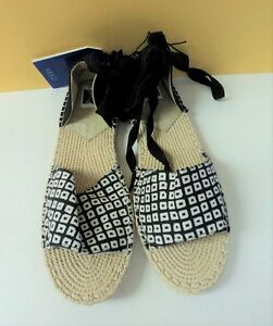 Black & White Strappy REED Sandals Size Large 9 - 10 Gladiator Shoe - FLASH SALE