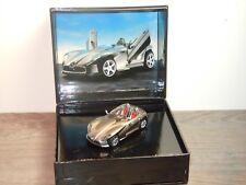 Mercedes F400 2001 - Spark 1:43 in Box *34905