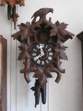 Reloj de pared mecánico cuco cucu antiguo alemán péndulo y pesas año 1900 1910