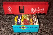 HO Scale Athearn 1311 Great Northern 50' Double Door Boxcar 3525 Kit D2223 (11G)
