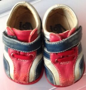 See Kai Run girls 3 shoes Leather