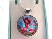 FROZEN  ELSA AND ANNA CHARM HEART BANGLE ADJUSTABLE 4-6  YEARS GIFT BOX PARTY