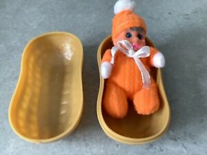1980's Vintage Baby William matchbox doll In a Peanut Shell