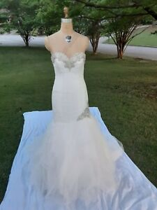 Allure Wedding dress size 8 off white?/Silver Rhinestones great Preowned conditi
