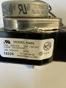 Blodgett  Commercial Oven Timer  Model # M450 /18225 (BRAND NEW) (ONLY 1 LEFT)