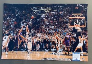 "LAKERS DEREK FISHER AUTOGRAPHED 20""x30"" PHOTOGRAPH BECKETT BAS COA X86215"