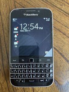 BlackBerry Classic - 16GB - Black (Unlocked) Smartphone