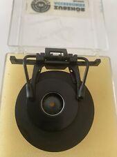 ahg-FLIP-UP BLINDER WITH IRIS
