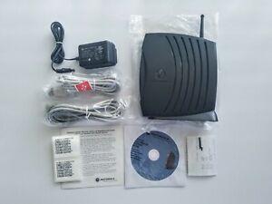 MOTOROLA SURFboard Wireless Cable Modem Gateway SBG900