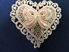 PINK EMBROIDERED HEART APPLIQUE 3554-Y