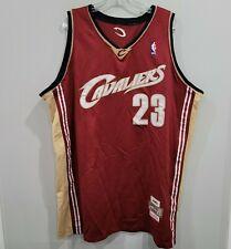 Mitchell & Ness Cleveland Cavaliers Lebron James 23 novato Camiseta Hombres 56 3XL