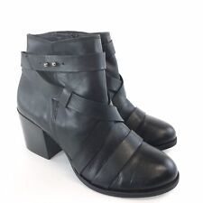 CLARKS Sz 38.5 UK5.5 Ladies Black Leather Ankle Buckle Block Heels Booties Boots