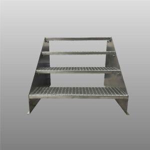 4-stufige Standtreppe freistehend / Stahltreppe Breite 80cm Höhe 84cm verzinkt
