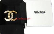 AUTHENTIC CHANEL CC Logo PIN BROOCH Gold Crystal 2017 + 31 RUE CAMBON Paris Box