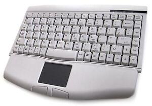 Accuratus 540 - USB Profesional Mini Keyboard with Touchpad - White